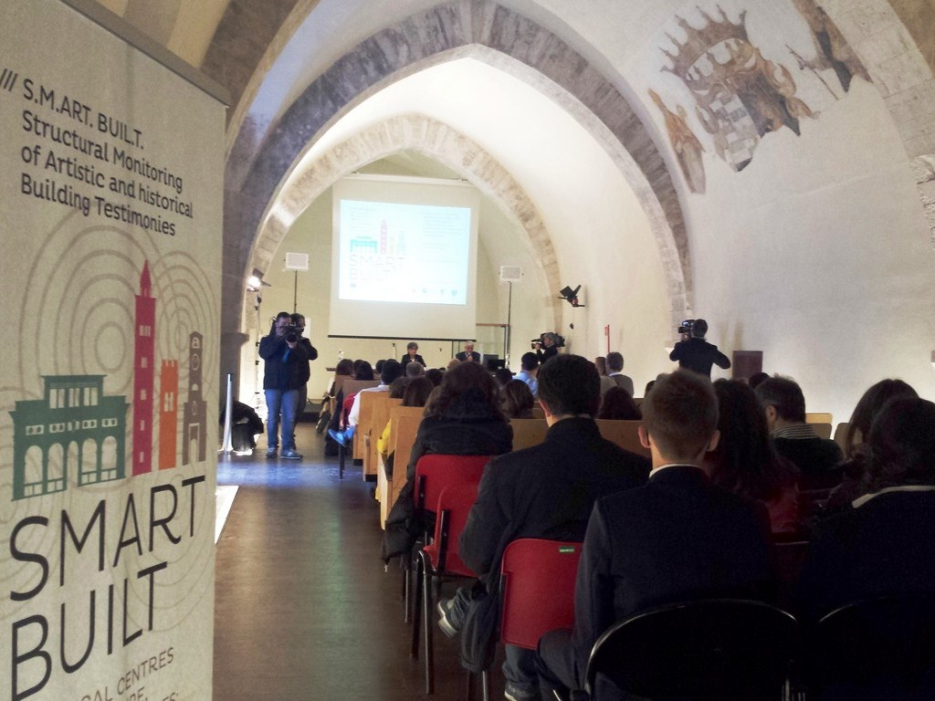 Conferenza internazionale Smart Built<br>Castello Svevo Bari marzo 2014